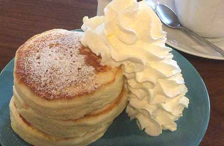 鎌倉古民家カフェ【cafe 坂の下】もっちりパンケーキを並ばずに食べる方法