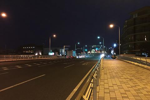 夜の江ノ島134号沿い