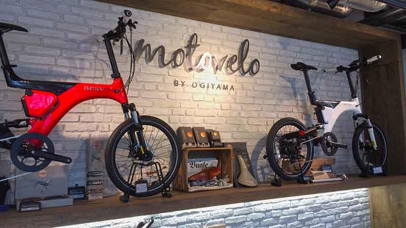 施設内にある自転車屋で買っても良し!