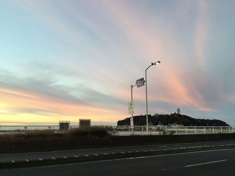 江ノ島も目の前に見えるし