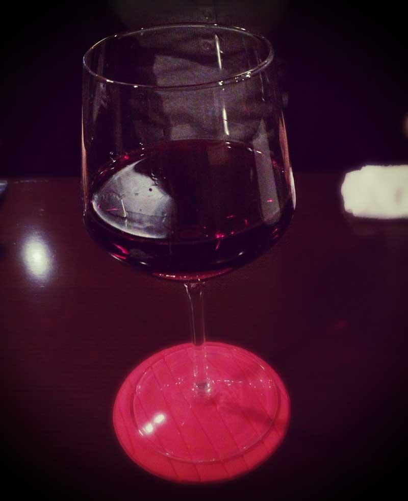手頃な価格の赤ワイン