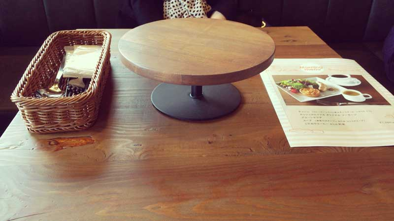 2人掛けのテーブル席