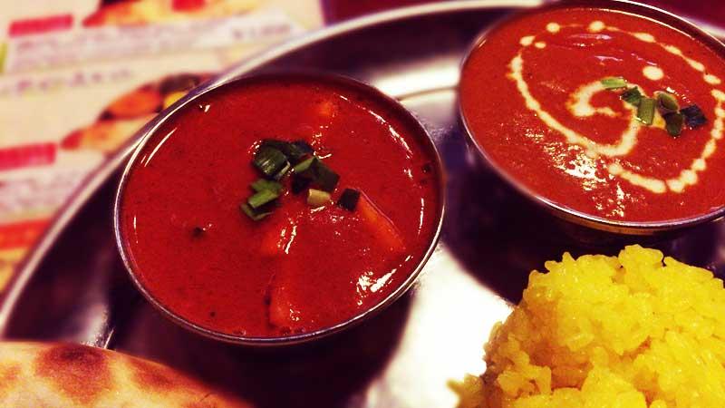 日替わりのトマト野菜カレー