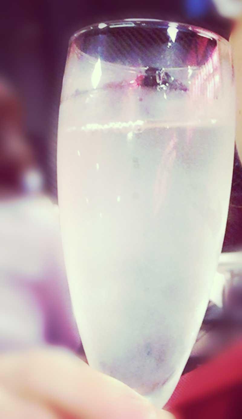 日本酒もきっちり冷えてます