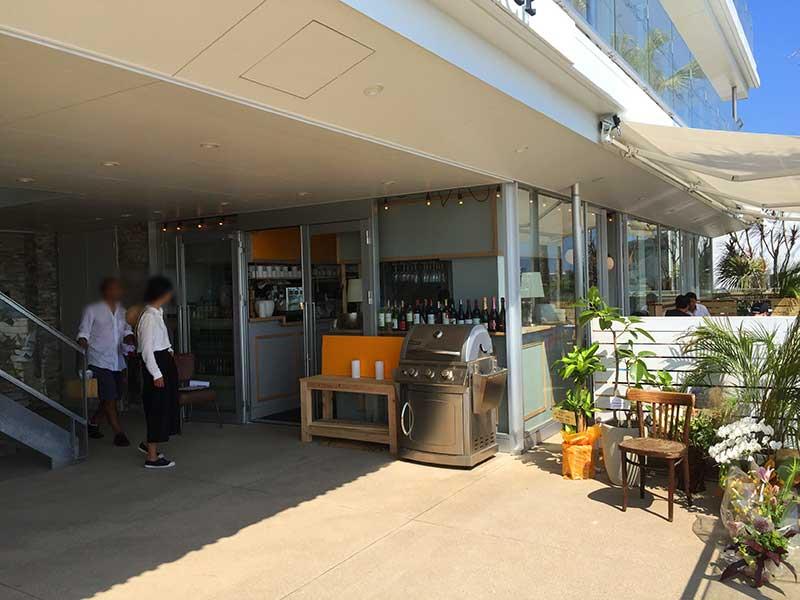 サマーキャンプをイメージしたカフェ・レストラン「CAFE MERCI CAMP!」