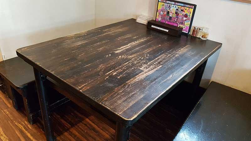 大人数用のテーブル席もあります