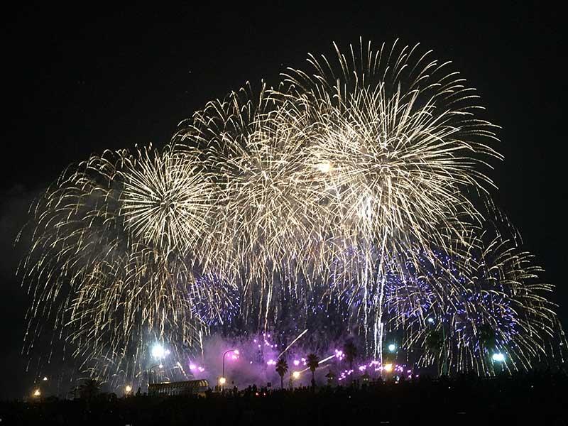 【2016年江ノ島花火大会】混雑なしのおすすめ空いている穴場の観覧場所は?今年はドローン撮影禁止です!