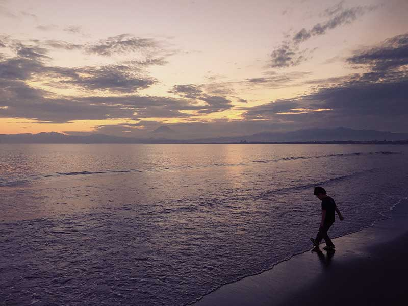 メローな夕方の砂浜