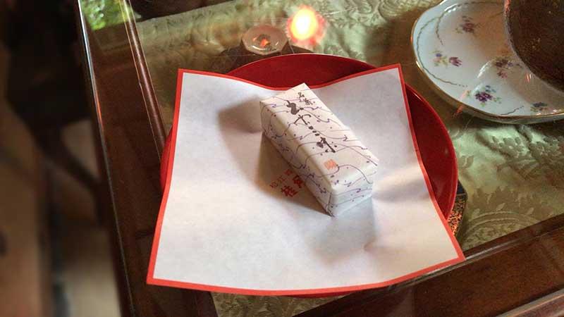 島根県の「桂月堂」の和菓子