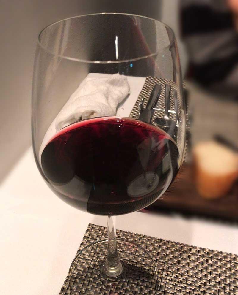 赤ワインも飲んじゃいます