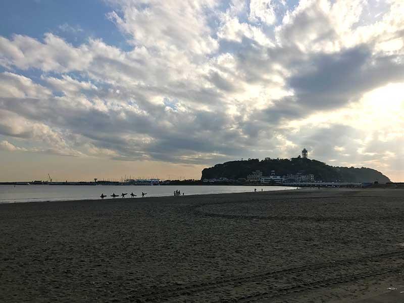 目の前の片瀬海岸