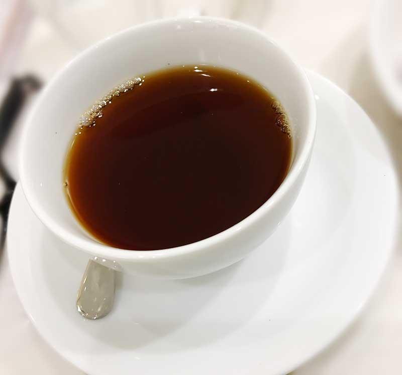 コーヒーで温まり