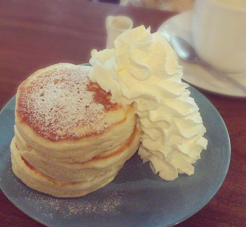 カフェ坂の下の人気パンケーキ