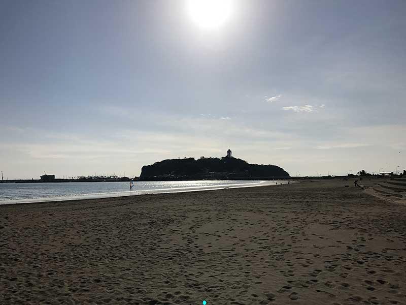 片瀬海岸東浜の端っこにある腰越海岸