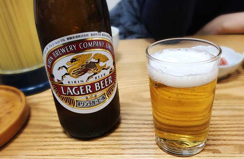 定食屋にはやっぱり瓶ビールが合うのです