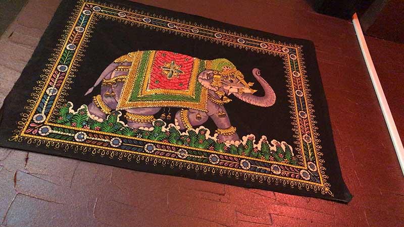 インド的な刺繍