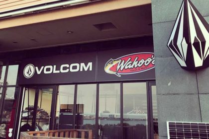 カレー屋がタコス屋ワフーズ&VOLCOMになってNEWオープン!