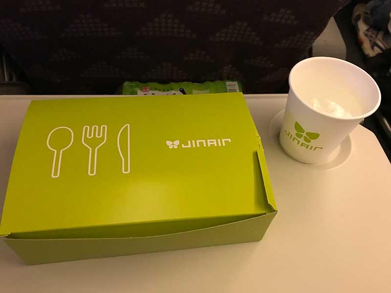 JINAIRの無料機内食