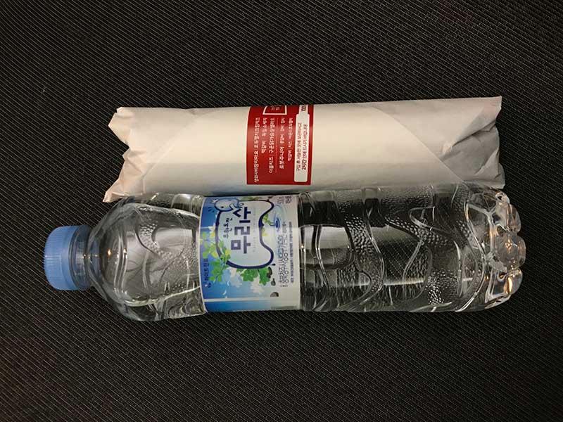 調達した水と食料