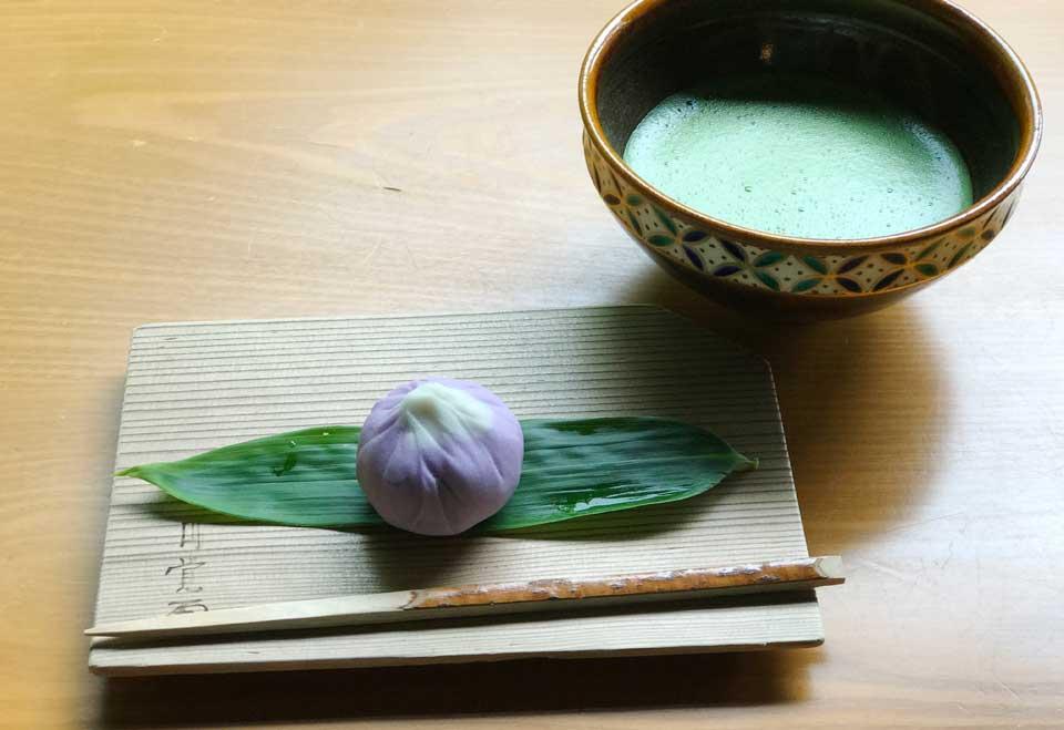 白蓮舎の抹茶と生菓子