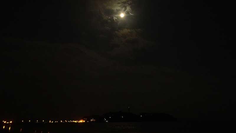 満月が登場!