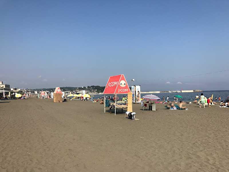 まだ空いている7月上旬の片瀬東浜