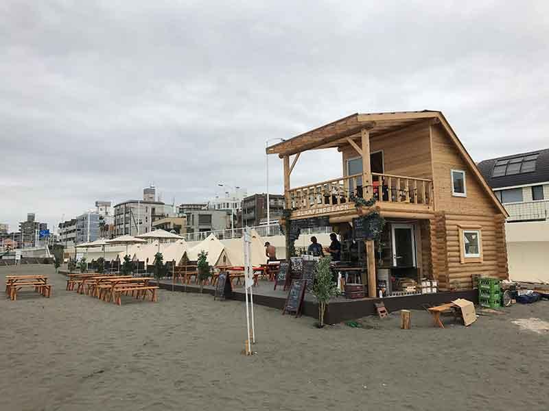 腰越グランピングビーチの小屋
