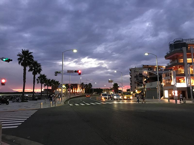 夜の江ノ島西浜方面