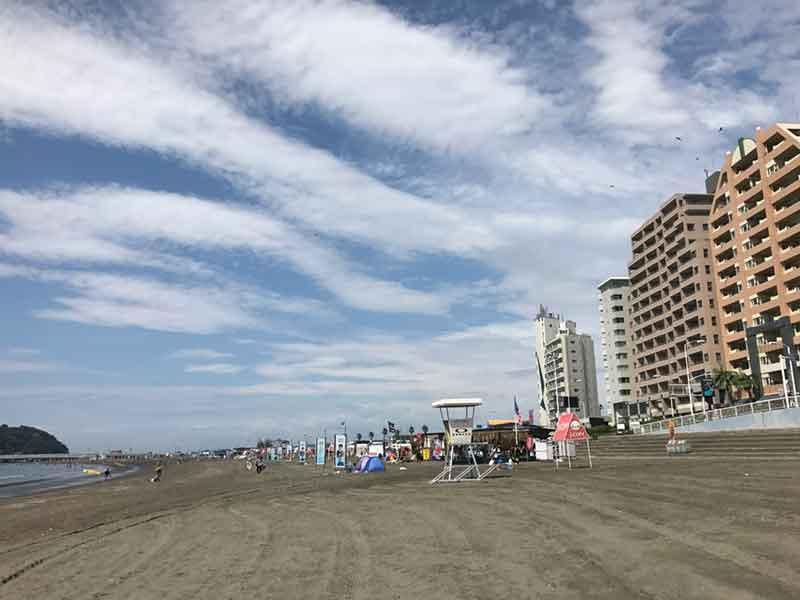 湘南の中でも比較的穏やかなビーチ