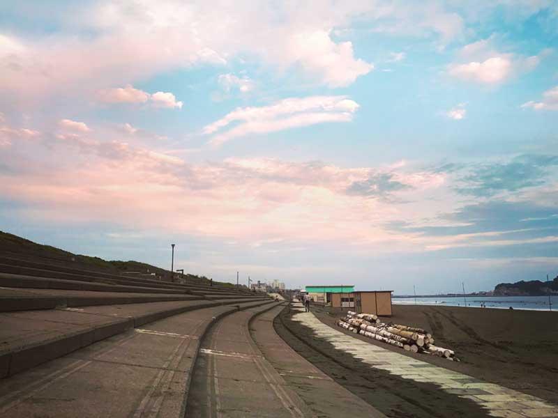 【ノマドの仕事場#1】秋の鵠沼海岸で散歩ワーク。海と夕陽を眺めて思考の整理とリフレッシュ
