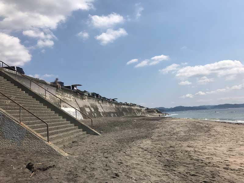 七里ガ浜の駐車場
