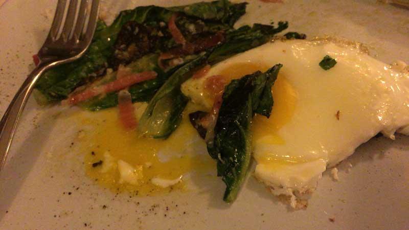 濃厚な黄身と野菜がマッチ
