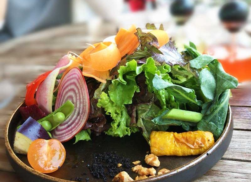 【AWkitchen GARDEN鎌倉】地元野菜がとにかく旨い!御成通り江ノ電踏切前のおしゃれイタリアンガーデン!