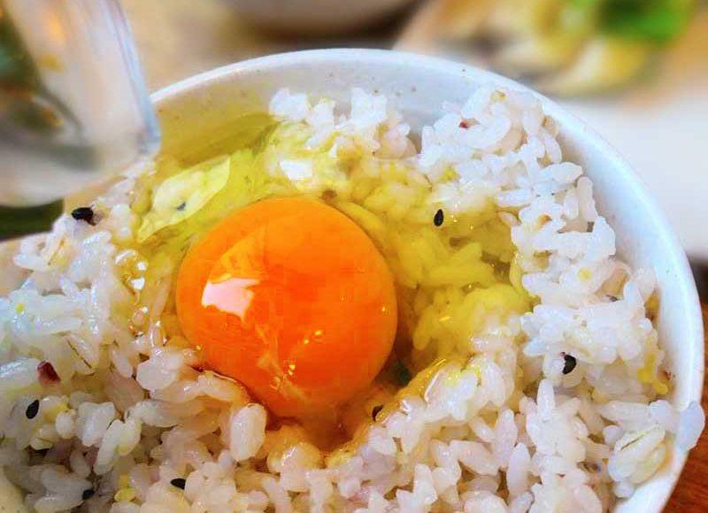 【腰越食堂】元気が出る健康がっつり朝ごはん!究極のTKGさがみっこで快調スタート!