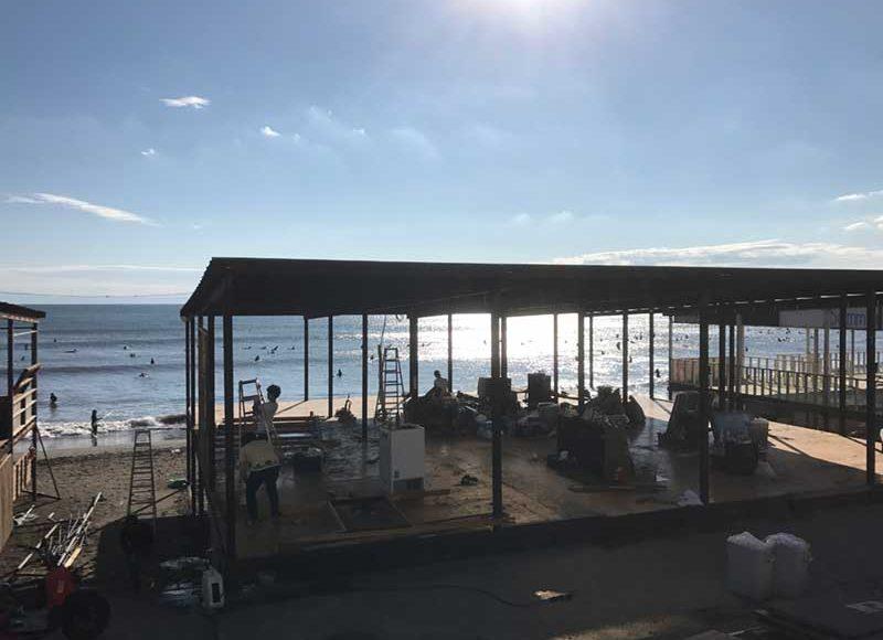 【江ノ島海水浴場いつまで営業?】海の家は9月まで延長しないの?9月1日の浜辺の様子をレポート