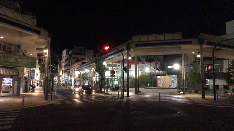 深夜1時過ぎの平塚駅西口町店街