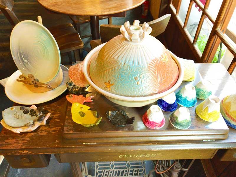 賑やかな色彩のカラフルお鍋