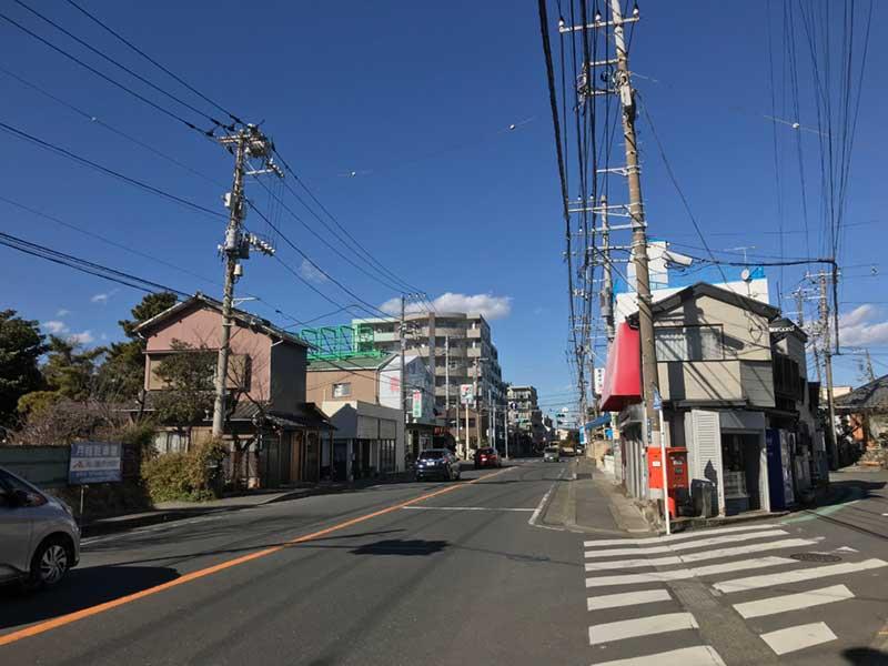 片瀬海岸から藤沢市へ向かう国道467号