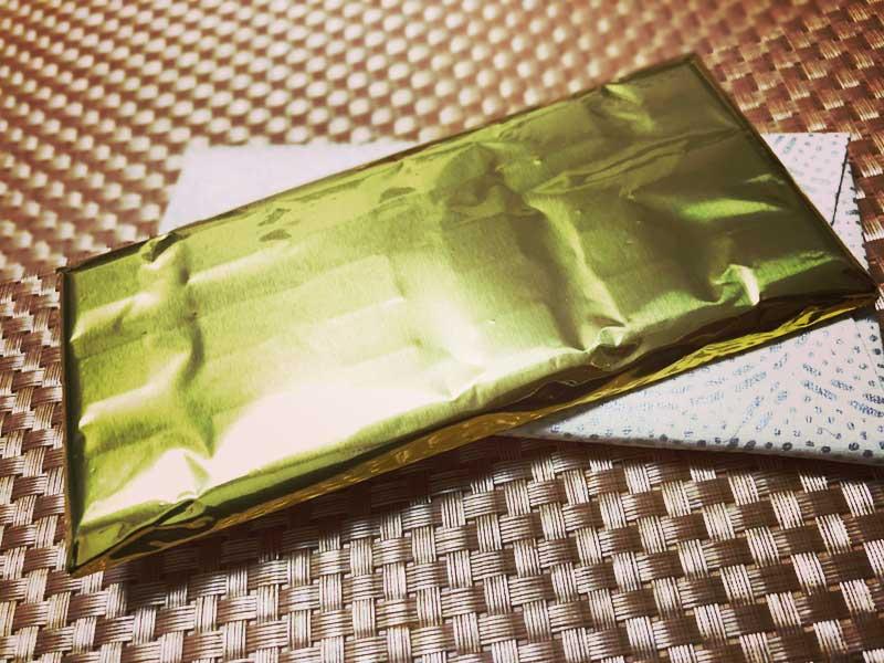 黄金に包まれた高級チョコ