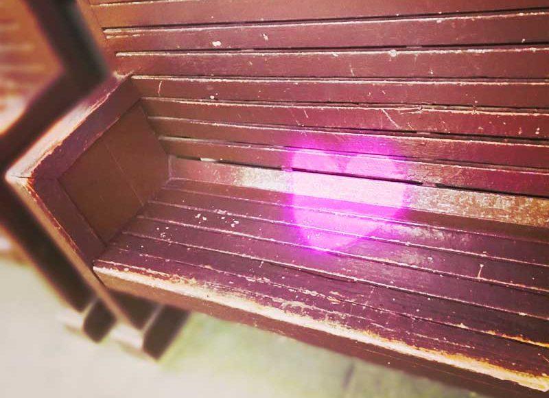 【江ノ電長谷駅ハートのベンチ】見たカップルは幸せになれるジンクスも?インスタ映えする新デートスポット!
