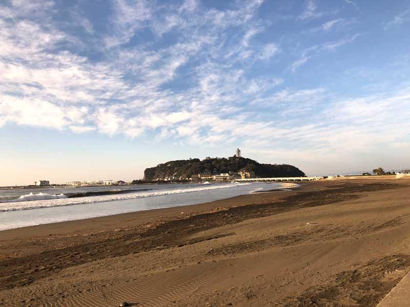 いつもの静けさの片瀬海岸東浜