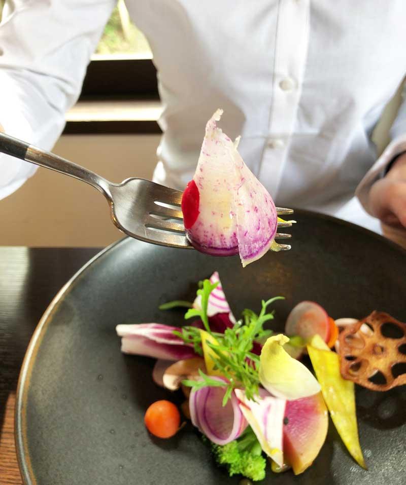 生や素揚げにしたり野菜ごとに調理法が違う