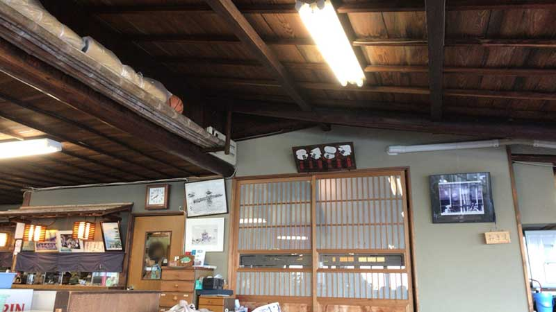 古い天井もいい感じです