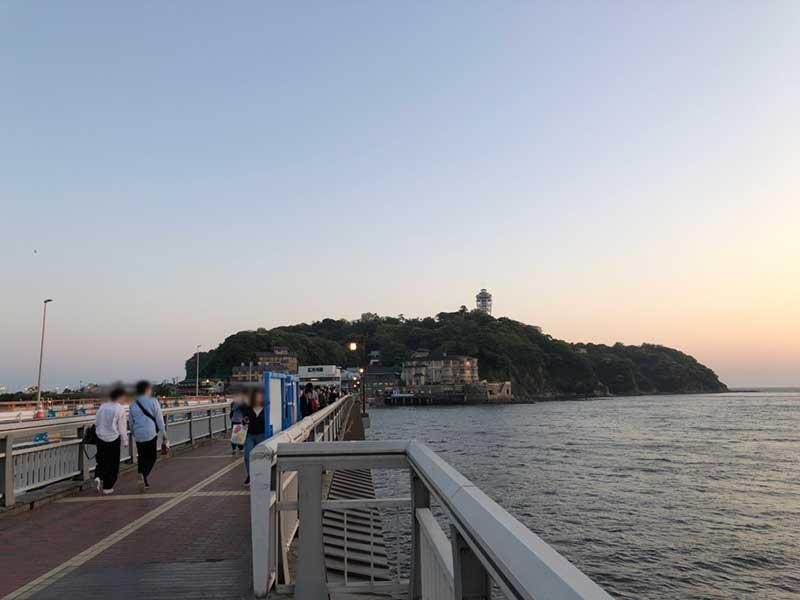 江ノ島へ渡る橋がけっこう寒い!