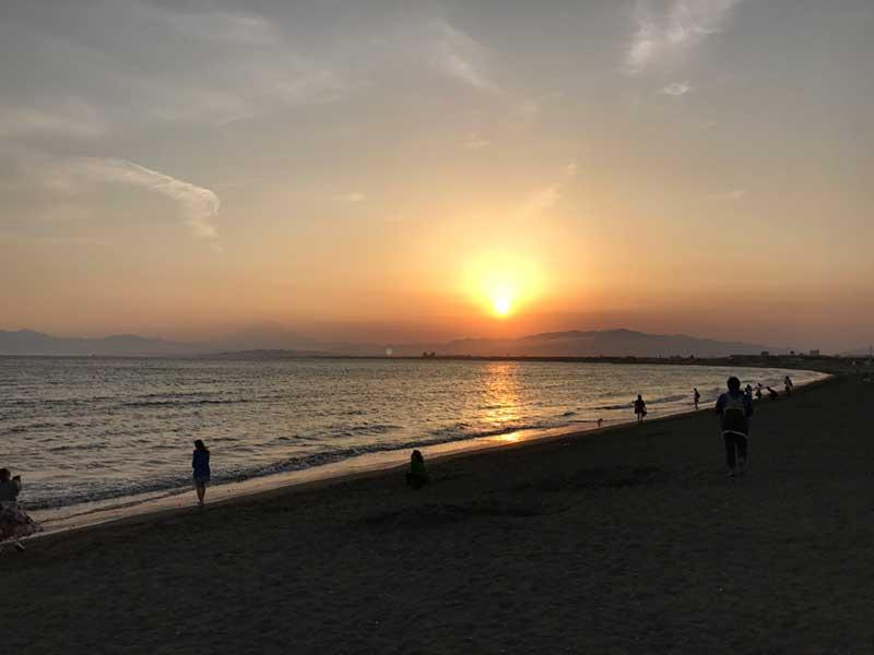 沈む夕日と富士山がインスタ映える!