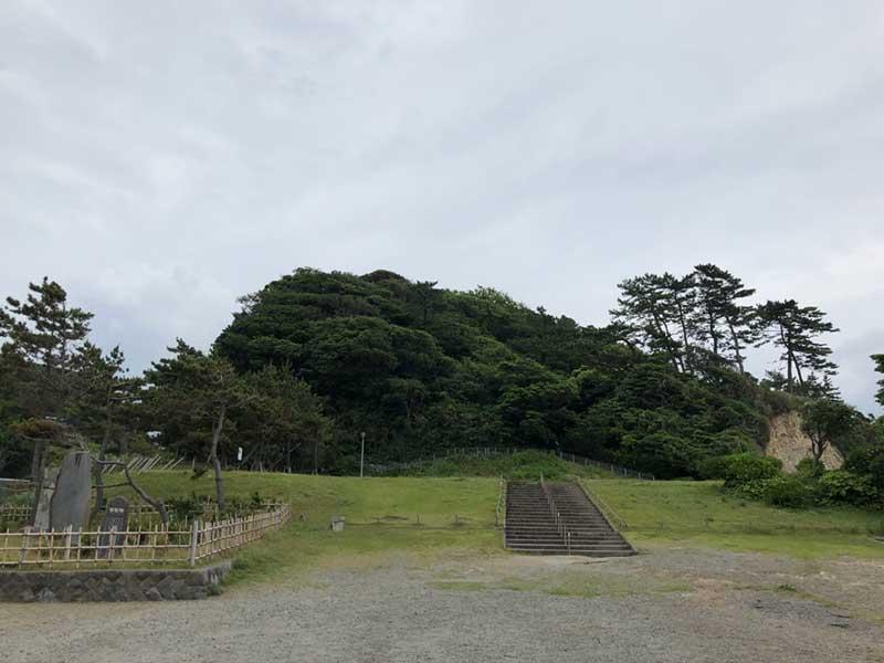 うっそうとした稲村ケ崎公園