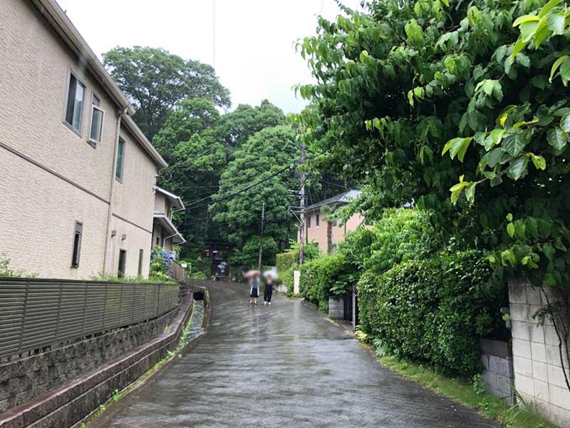 北鎌倉の裏道にひっそり