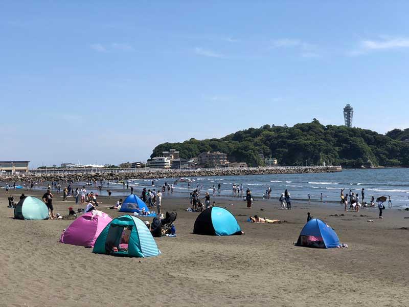 定番の日よけテントがたくさん