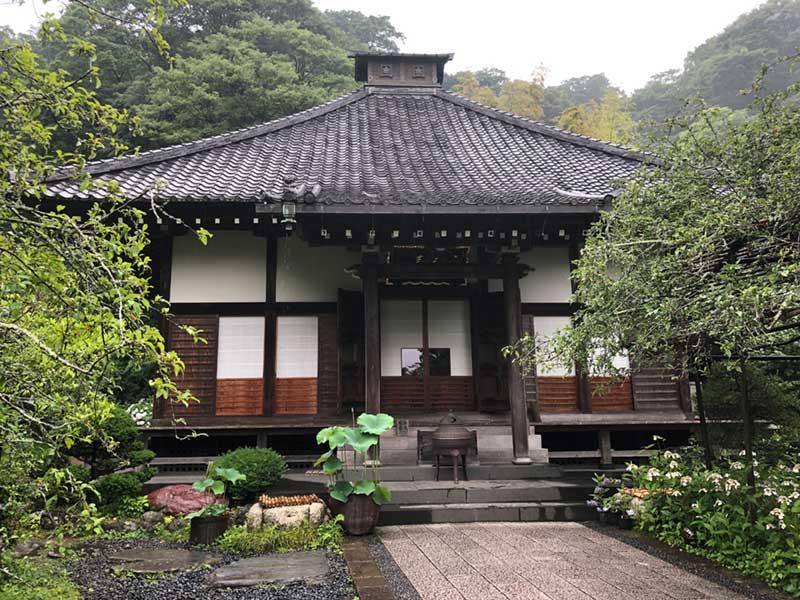 光則寺の本堂
