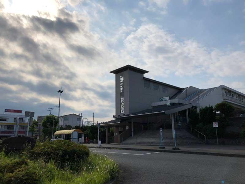 小田原のとなりにあるJR鴨宮駅